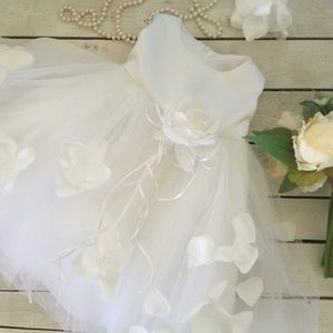 Other - white tulle and rise petal baby flower girl dress